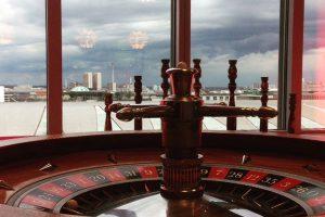 Der Roulettetisch ist der Klassiker beim mobilen Casino, hier im Messeturm
